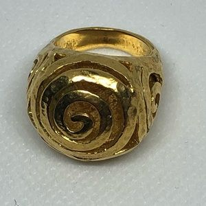 Vintage Large Gold Stamped B Italy Ring